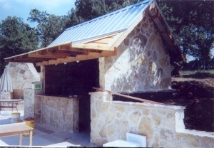 Affordable Outdoor Kitchens In Dallas TX - McFall Masonry & Construction - outdoor-kitchen-rock-structure-300x208
